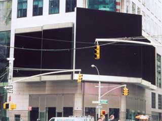 Cluster of five new advertizing LED screens