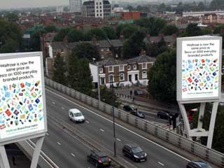 Gateway to London: Two outdoor digital screens by Ocean Outdoor