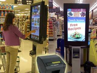 Рекламно-информационный экран в магазине