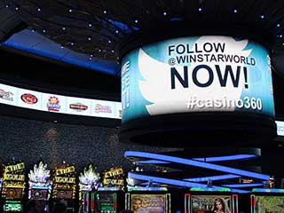 NanoLumens 360° LED screen with pixel pitch 4 mm to WinStar World Casino